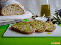 Pane senza sale, alla toscana
