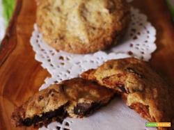 Biscotti con scaglie di cioccolato fondente