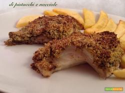 Filetti di rombo in crosta di pistacchi e nocciole