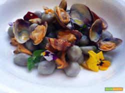 Perle di patate viola e vongole