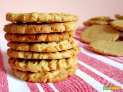 Biscotti Vegani al Burro d'Arachidi