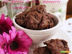 Biscottini al cacao senza glutine, con farina di riso, mandorle e castagne