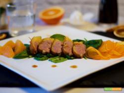 Petto d'anatra all'arancia con spinaci e cachi