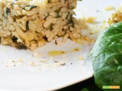 risotto agli spinaci con sesamo e noci del Brasile
