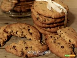 Biscotti al burro di arachidi e gocce di cioccolato
