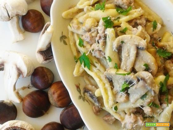 Cortecce con castagne, funghi e cinghiale