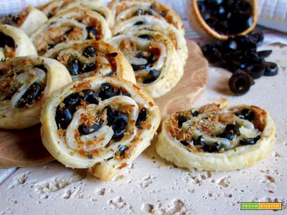 Girelle di Sfoglia con Tonno e Olive