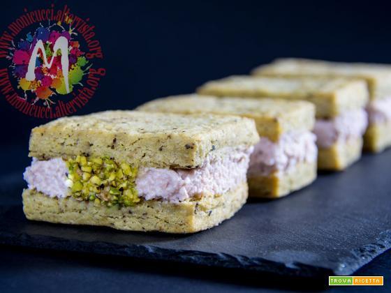 Cuccioloni salati con gelato di mortadella di Bologna IGP – Calendario del Cibo Italiano