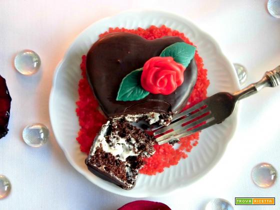 Mini cakes al cioccolato a forma di cuore