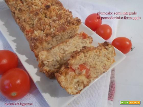 Plumcake semi integrale ai pomodorini e formaggio