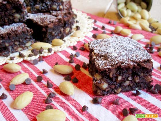 Quadrotti al Cioccolato e Mandorle
