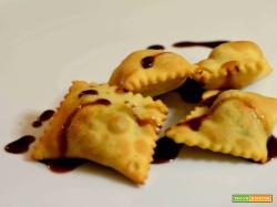Calzoncelli di castagne e vin cotto d'Aglianico