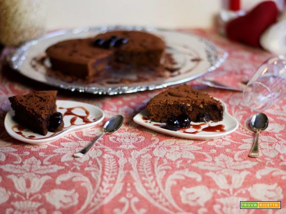San Valentino: Torta Cioccolato e amarene