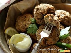 Polpette di quinoa e lenticchie con mayo veg : piovono proteine