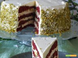 Red Velvet Cake gluten free con swiss meringue buttercream frosting