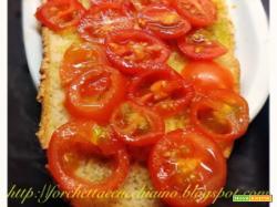 Pistoccu con i pomodorini ovvero la bruschetta sarda