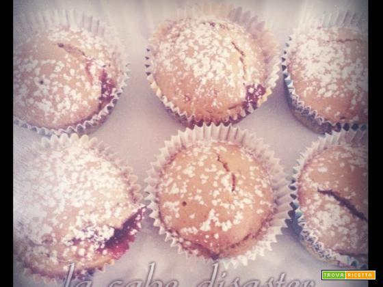 L'angolo de la cake disaster ... cupcake alla confettura di fragole