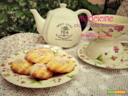 Madeleine cioccolato bianco e albicocche