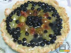 Sbriciolata con frutta fresca