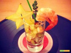 Cocktail di gamberi e carambola
