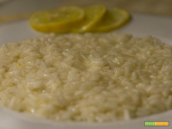 Risotto al limone – ricetta facile e leggera