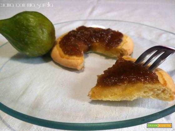 Biscotti con marmellata di fichi