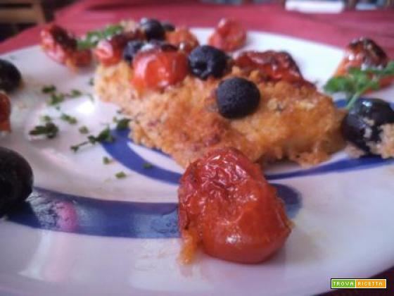 Filetto di merluzzo gratinato con pomodorini e olive
