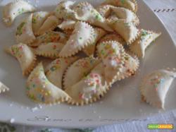 Ravioli dolci ripieni di marmellata e nutella