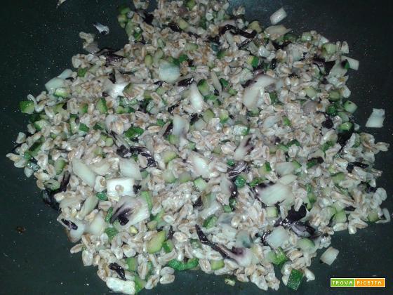 Insalata tiepida di farro con verdure