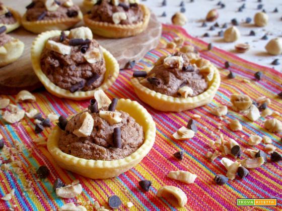 Tartellette al Cioccolato e Nocciole, Ricetta Facile