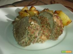 Filetto di maiale alle erbe fini e patate arrosto