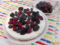 Cheesecake allo yogurt e frutti di bosco