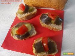 Mini bruschette integrali con verdure