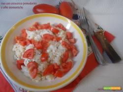 Riso con crescenza pomodorini e erbe aromatiche
