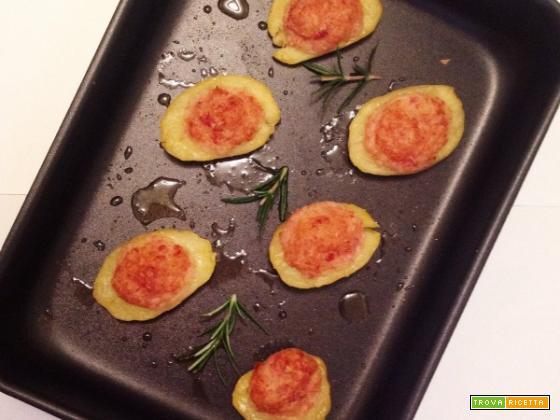 Barchette di patate al forno con prosciutto cotto
