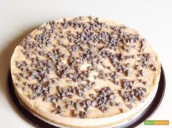 Cheesecake gelato con albicocche e cioccolato