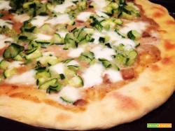 Pizza Bonci con zucchine e crema di porcini