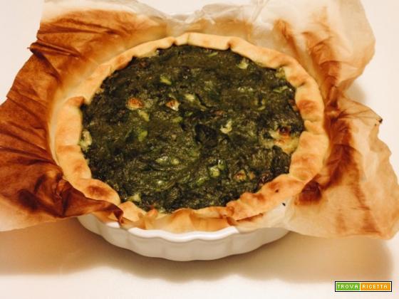 Torta salata con spinaci e yogurt greco