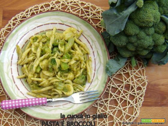 Maritati broccoli e alici