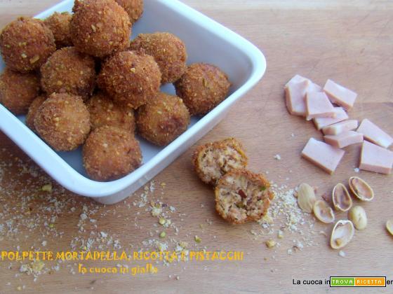 Polpette mortadella, ricotta e pistacchi