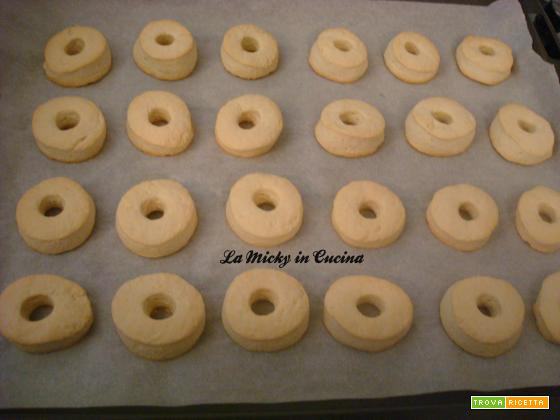 Biscotti tipo Macine