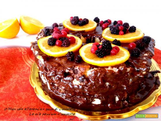 Chiffon cake all'arancio e gocce di cioccolato
