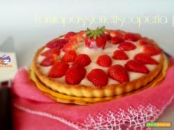 Crostata con crema e fragole