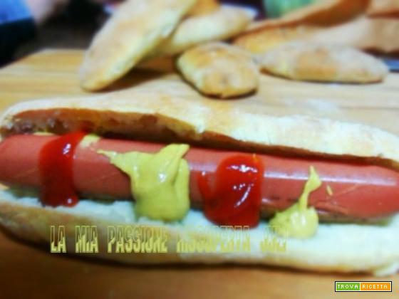 Hot dog wurstel, suino, panini al latte...