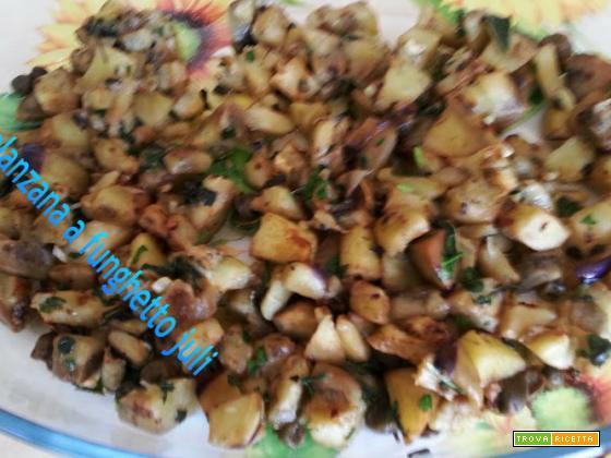 Melanzana a funghetto con aromi prezzemolo aglio, olio di oliva exstrav