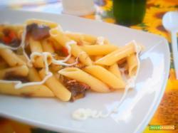 Pasta fredda con salsa maionese con yogurt magro