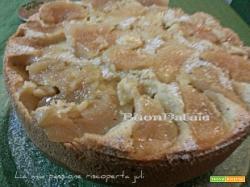 Torta di mele con le mandorle e brendy