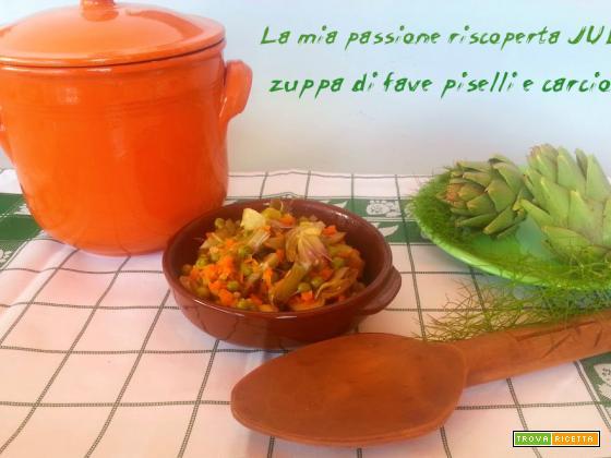 Zuppa di fave piselli carciofi, finocchietto selvatico olio di oliva