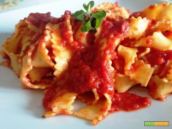 Reginette home made al pomodoro