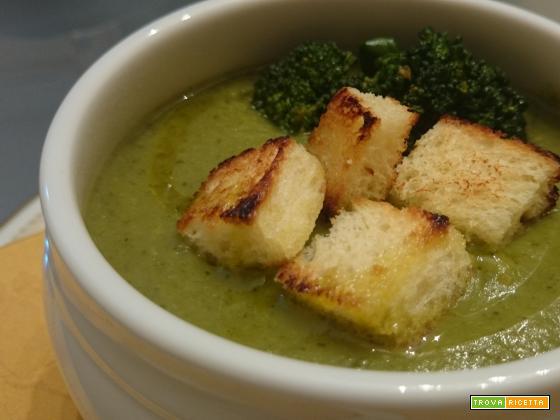 Semplice vellutata di broccoli e patate